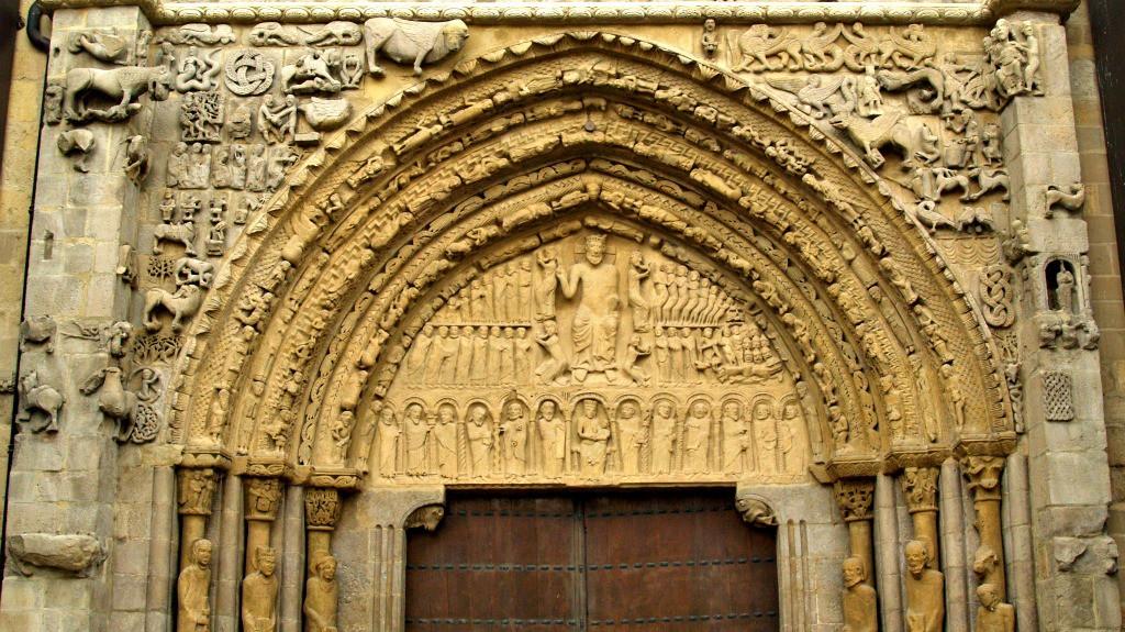 Portada románica de la Iglesia de Santa María, Sangüesa - Turismo en Navarra