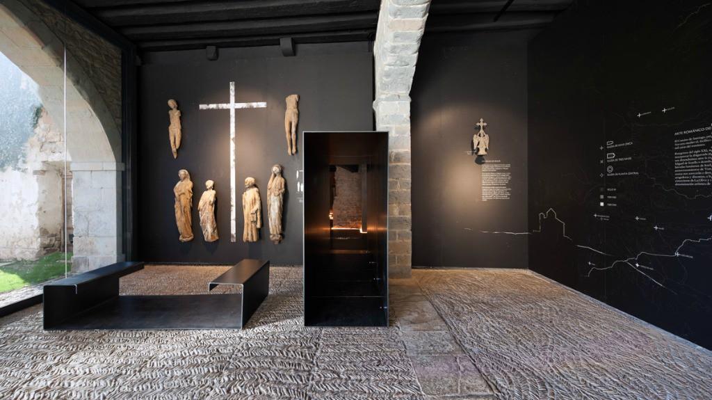 Museo de la Catedral de Pamplona: Expo Occidens - Turismo en Navarra